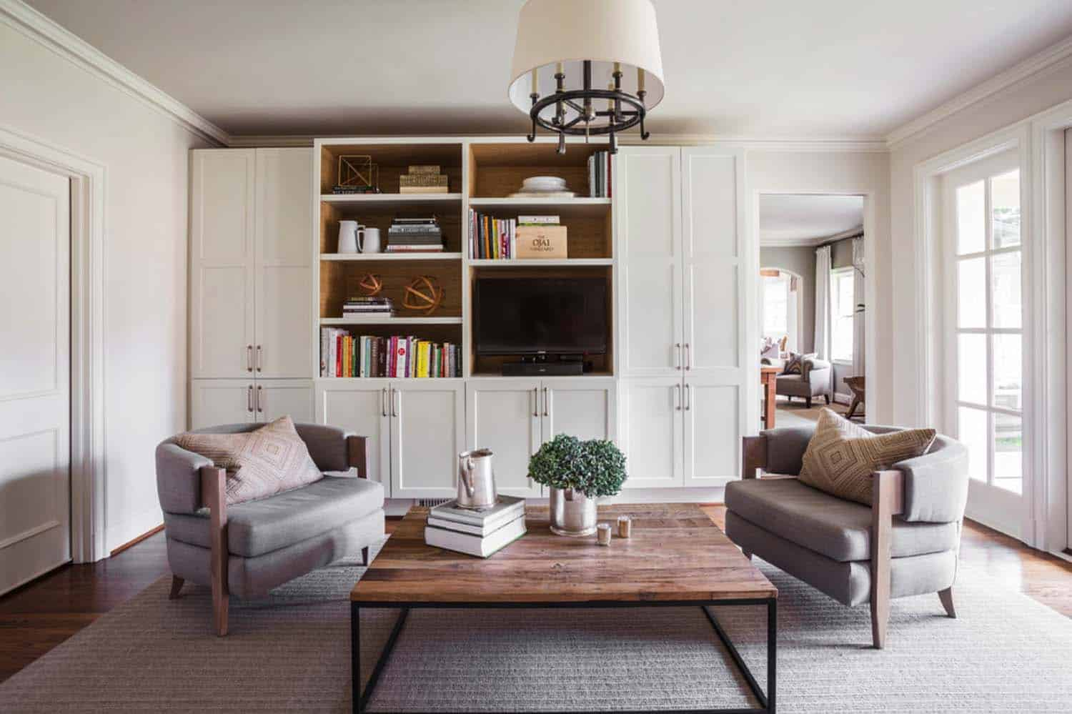 Midcentury Colonial Home-Marie Flanigan Interiors-14-1 Kindesign