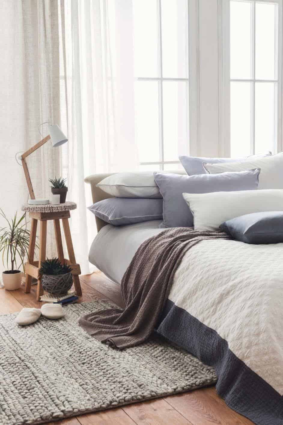 Scandinavian Bedroom Ideas-40-1 Kindesign