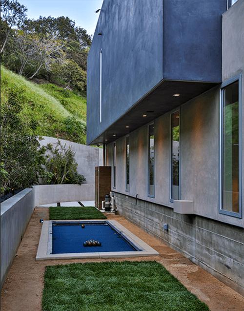 Stylish Contemporary Residence-17-1 Kindesign