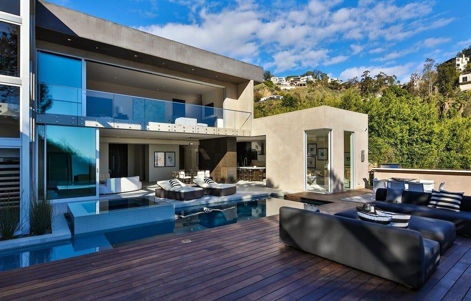 Stylish Contemporary Residence-19-1 Kindesign