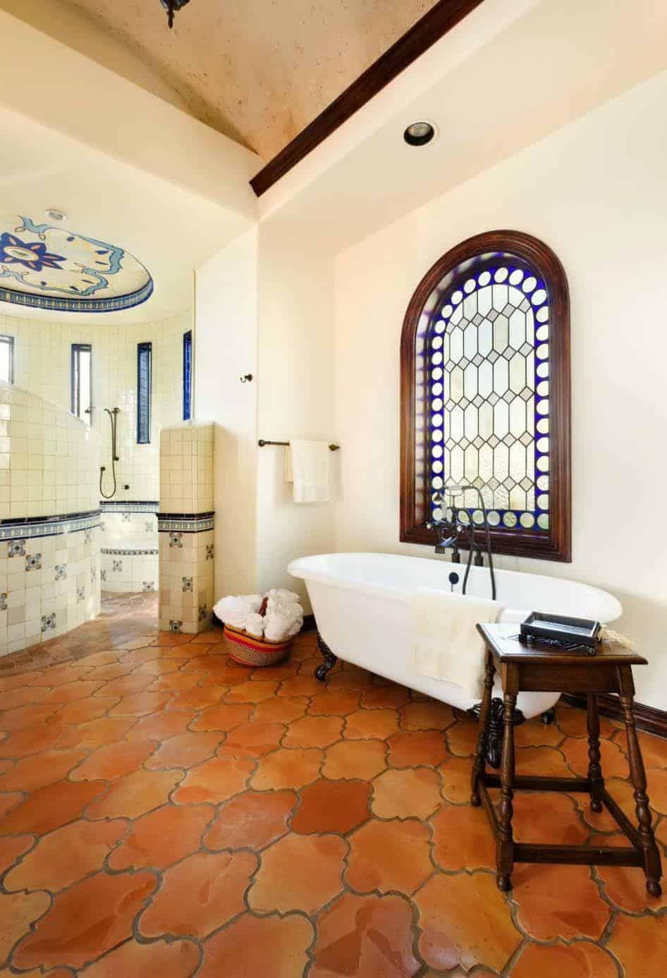 Bathroom-JAUREGUI Architecture Interiors-1 Kindesign