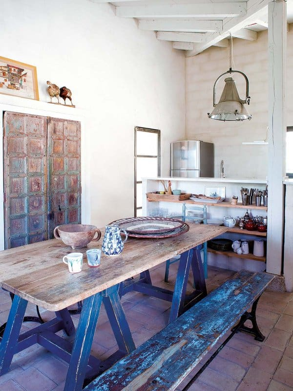 Beautiful Farmhouse-Spain-14-1 Kindesign