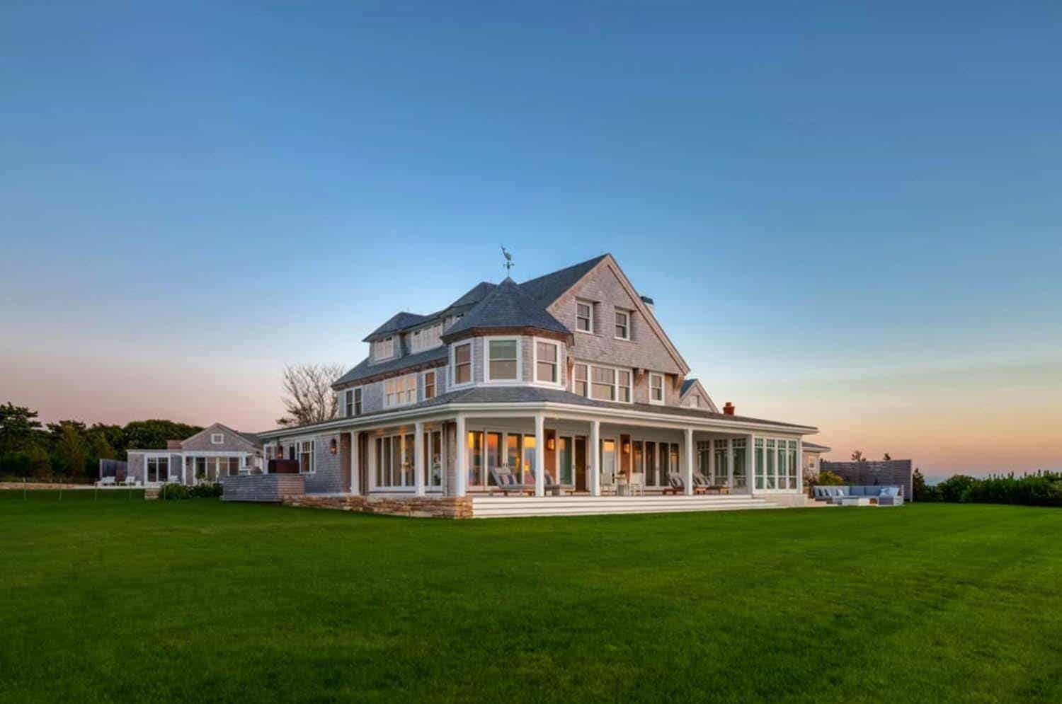 Cape cod beach house hutker architects 18 1 kindesign for Cape cod beach homes