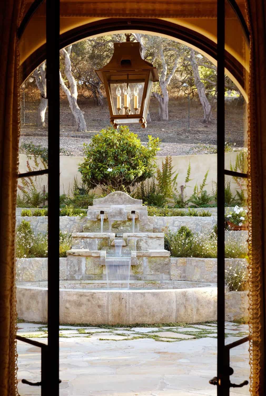 Carmel-Valley-Residence-Tucker-Marks-21-1 Kindesign