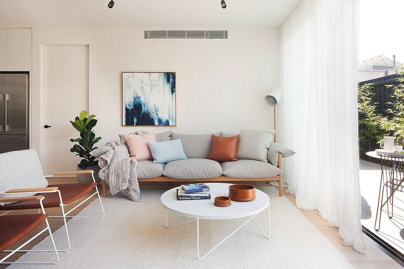 Contemporary Townhouse-Nixon Tulloch Fortey-04-1 Kindesign