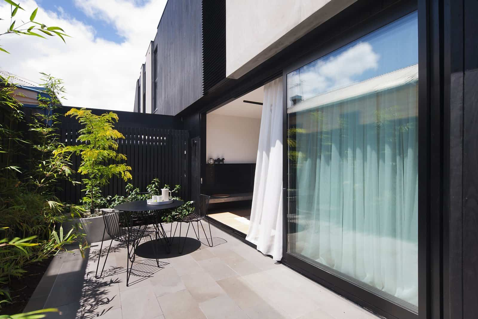 Contemporary Townhouse-Nixon Tulloch Fortey-05-1 Kindesign