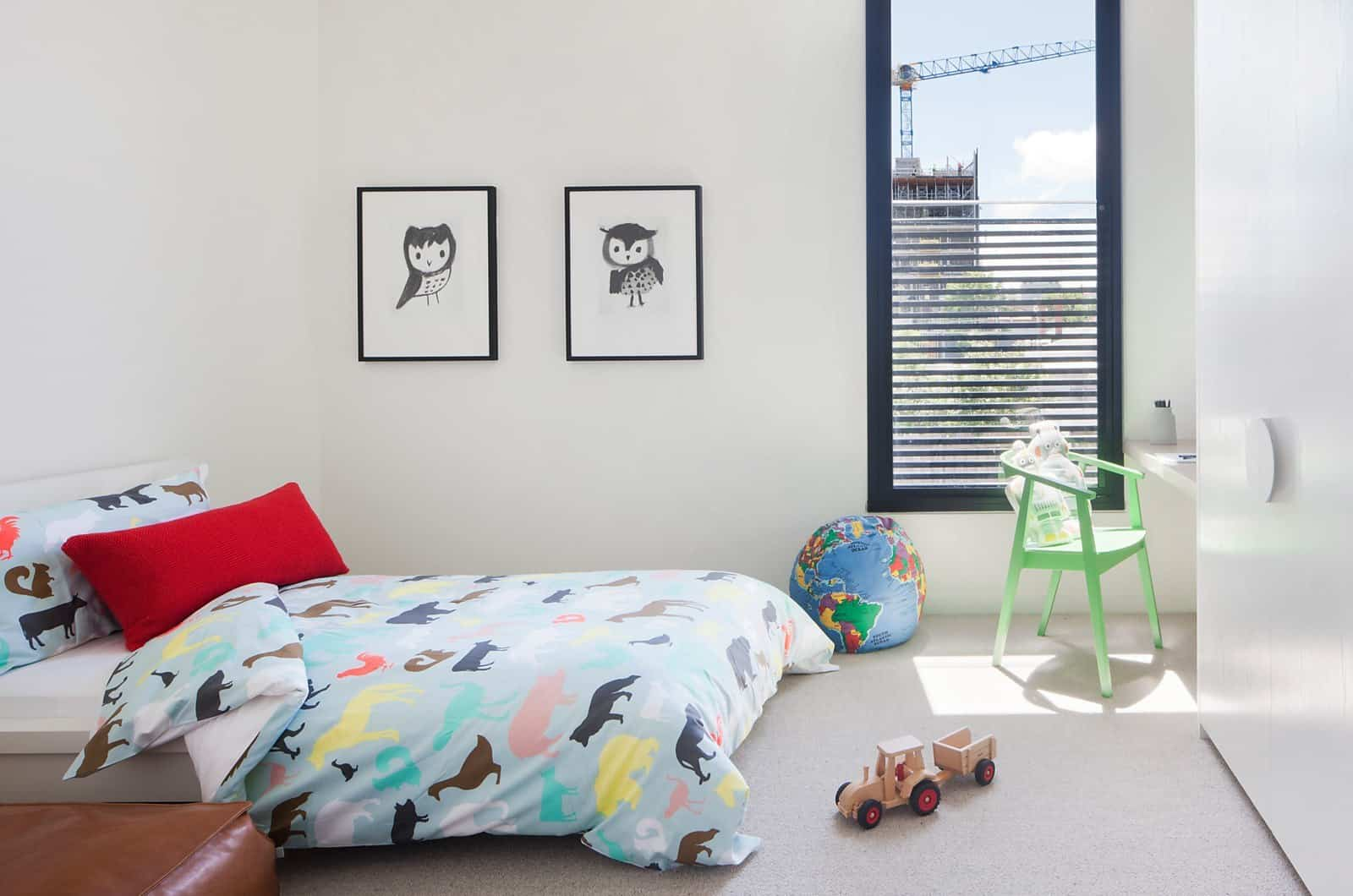 Contemporary Townhouse-Nixon Tulloch Fortey-10-1 Kindesign