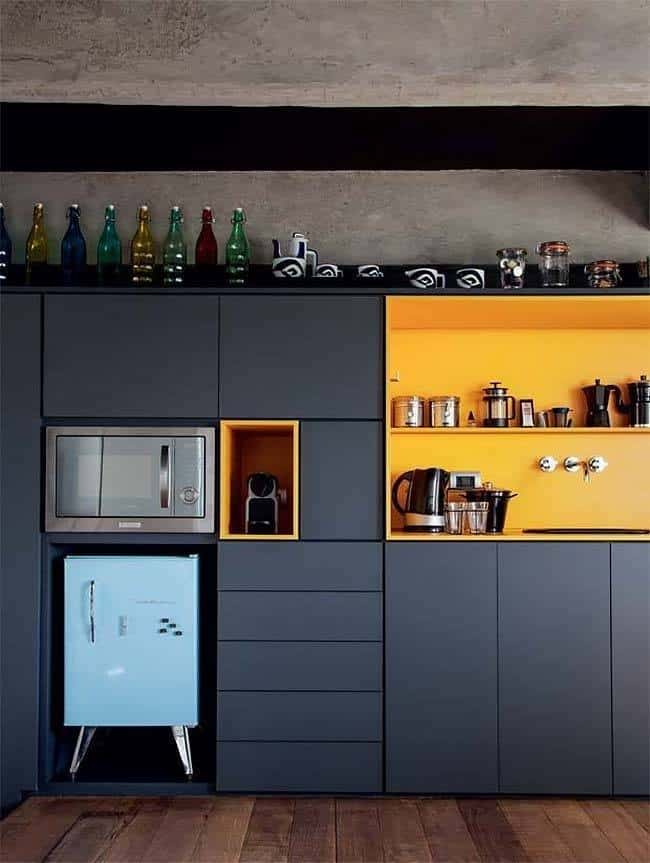 Dramatic Black Kitchen Ideas-21-1 Kindesign