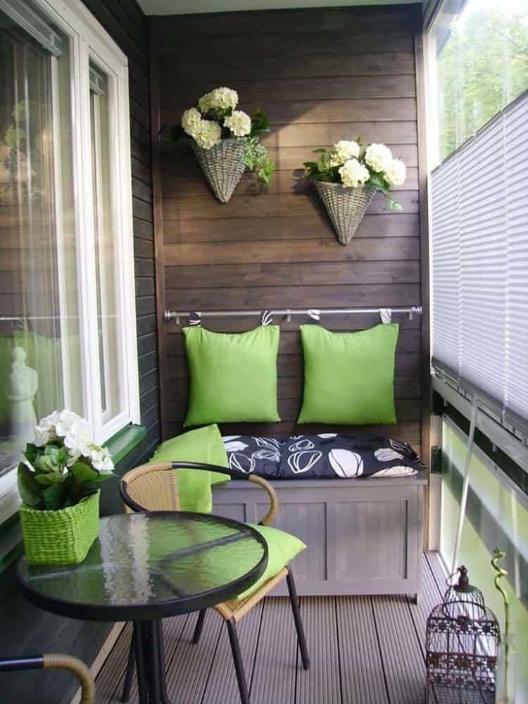 Fabulous-Spring-Balcony-Decor-Ideas-39-1 Kindesign
