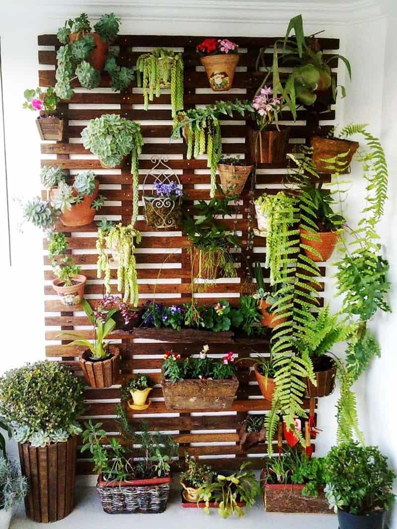 Fabulous-Spring-Balcony-Decor-Ideas-45-1 Kindesign