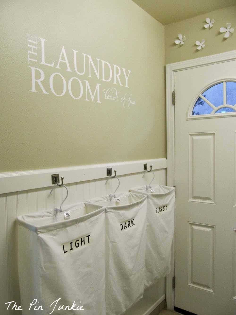 Laundry Room Organization Ideas-21-1 Kindesign