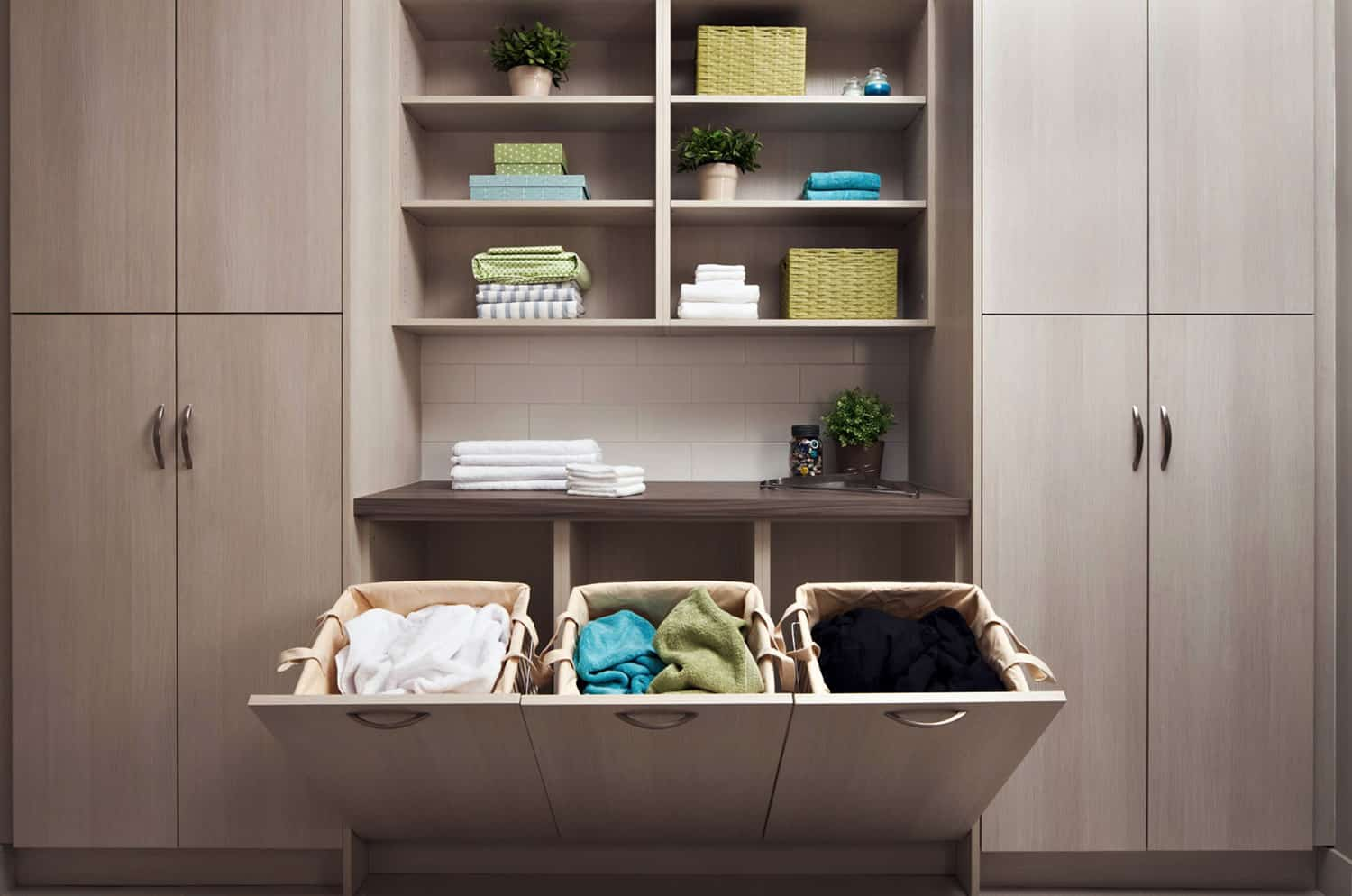 built-in-laundry-hampers