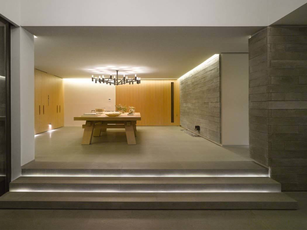 Modern-House-Architecture-Ezequiel Farca-001-1 Kindesign