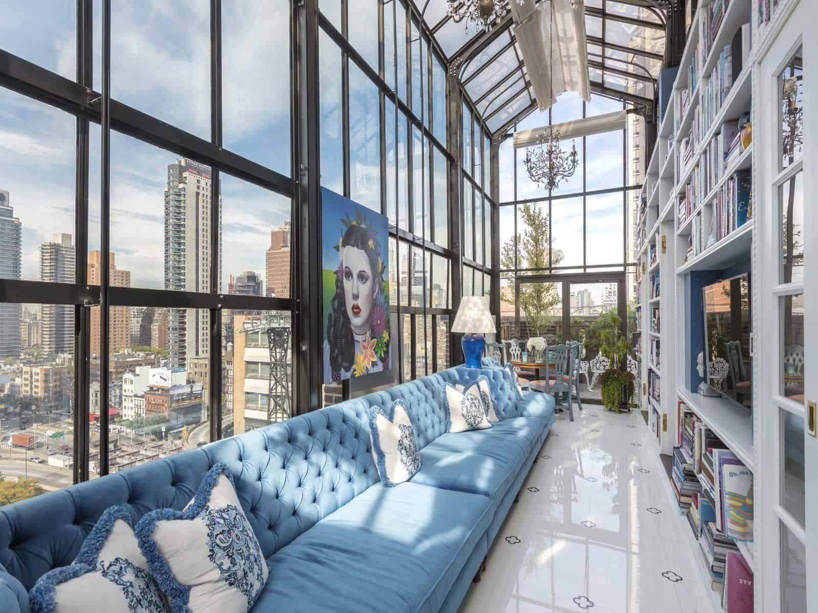 extraordinary pre war penthouse overlooking new york city. Black Bedroom Furniture Sets. Home Design Ideas