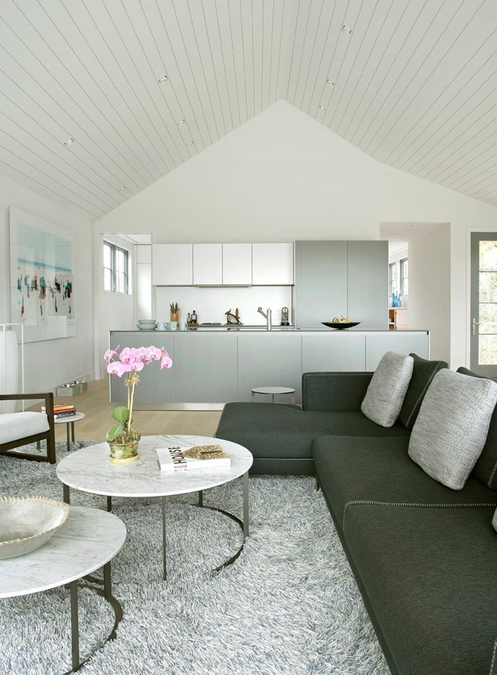 Sagaponack-Cottage-Blaze Makoid Architecture-03-1 Kindesign
