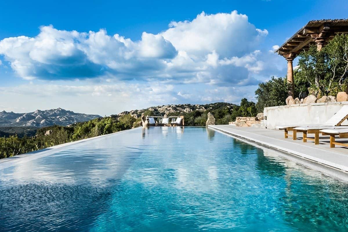 Villa Splendida-Sardinia-Italy-02-1 Kindesign