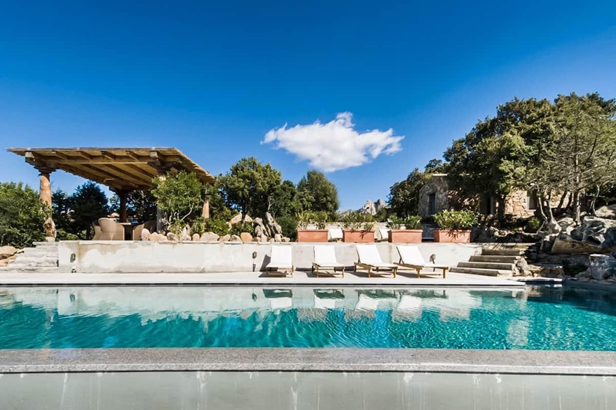 Villa Splendida-Sardinia-Italy-03-1 Kindesign