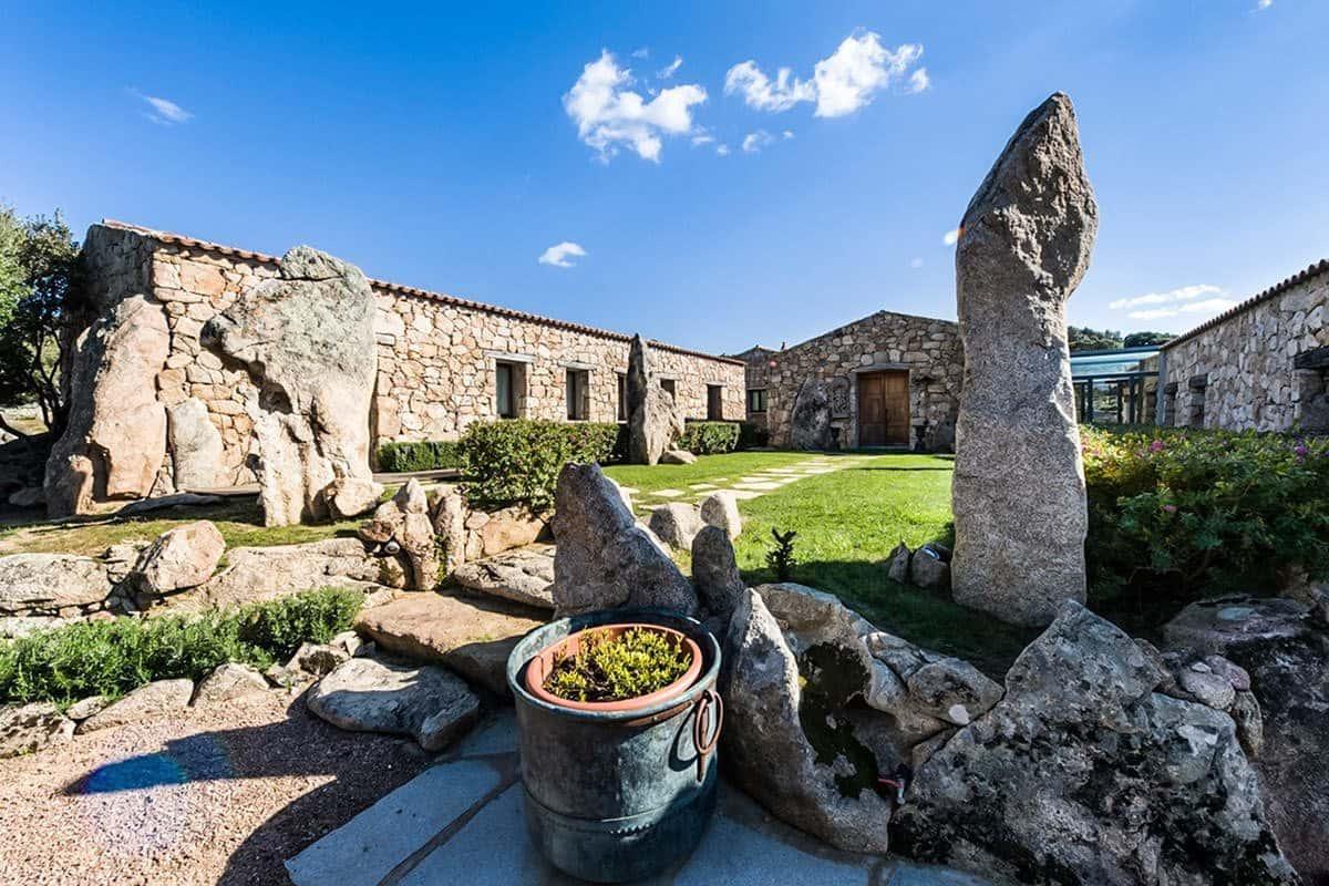 Villa Splendida-Sardinia-Italy-24-1 Kindesign