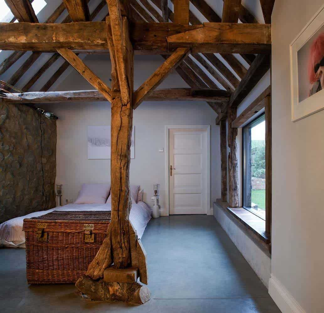 Ancient Party Barn-Liddicoat Goldhill-16-1 Kindesign