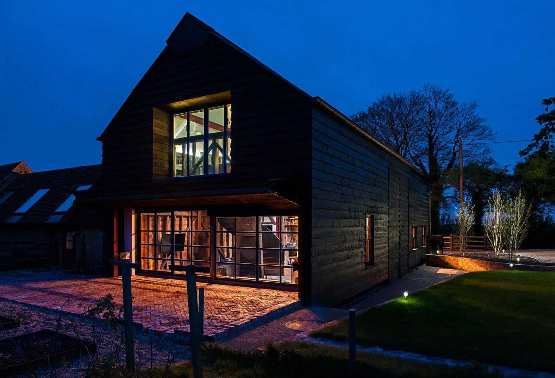 Ancient Party Barn-Liddicoat Goldhill-17-1 Kindesign