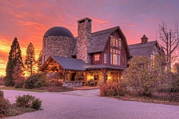 featured posts image for A barn mansion in Utah that will leave you awe-struck