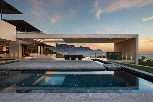 featured posts image for Sumptuous concrete dwelling in Cape Town offering sea views