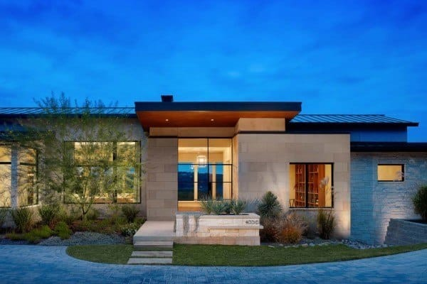featured posts image for Expansive yet inviting home has sweeping Texas hill country views