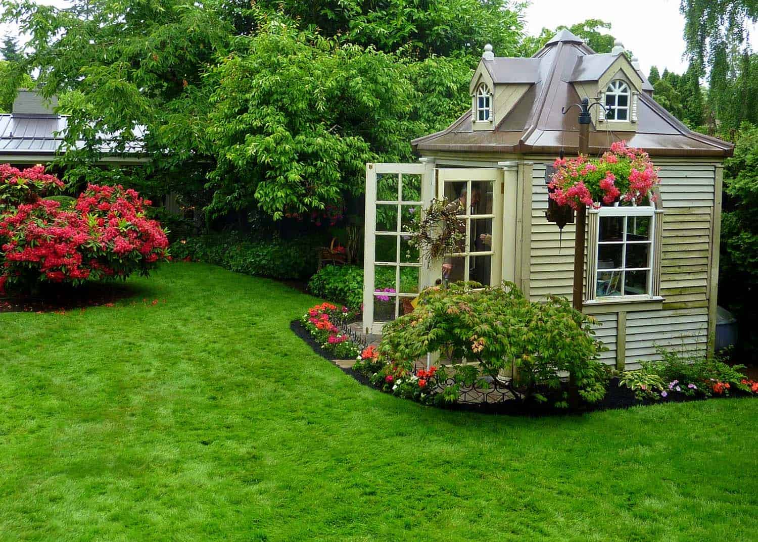40 simply amazing garden shed ideas for Amazing garden designs