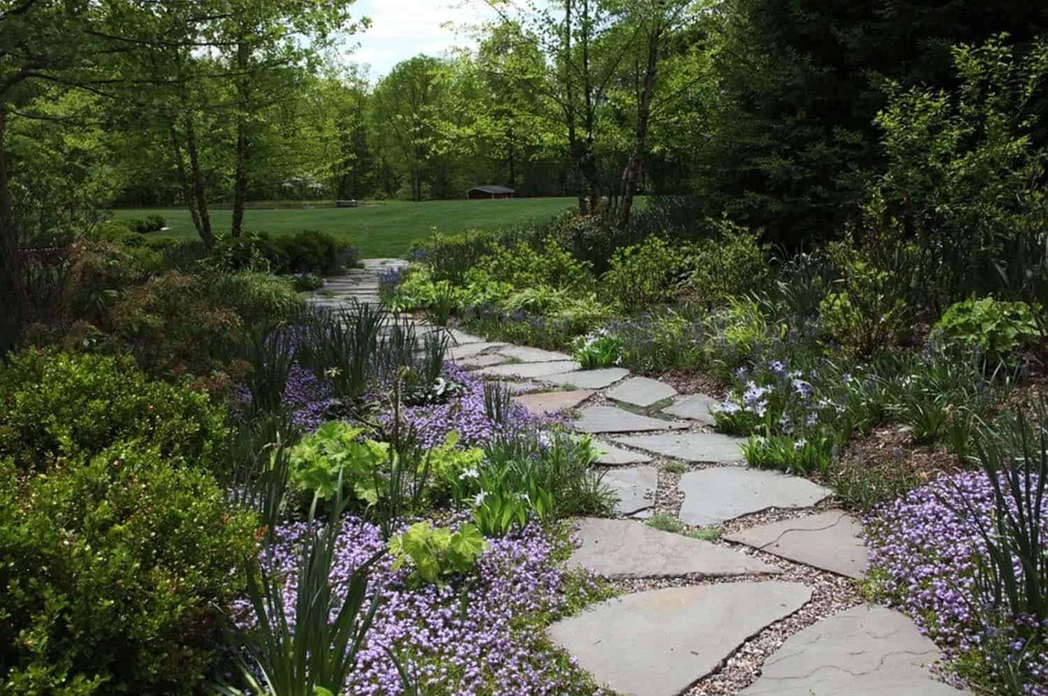 Garden Stone Pathway Ideas-02-1 Kindesign