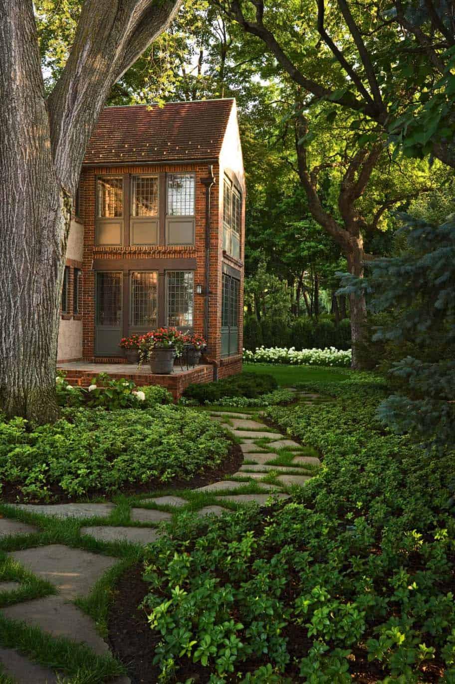 Garden Stone Pathway Ideas-16-1 Kindesign