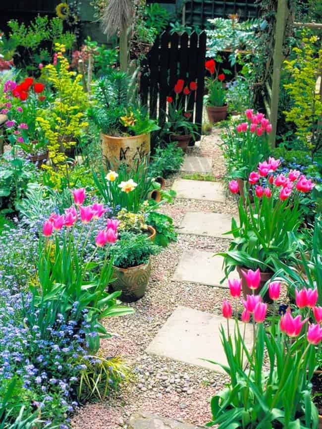 Garden Stone Pathway Ideas-42-1 Kindesign