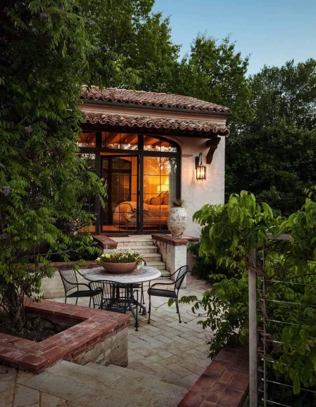 Mediterranean Style Residence-Stocker Hoesterey Montenegro-26-1 Kindesign
