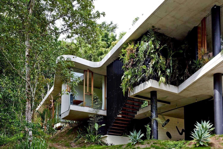 Modern Concrete House-Jesse Bennett-02-1 Kindesign