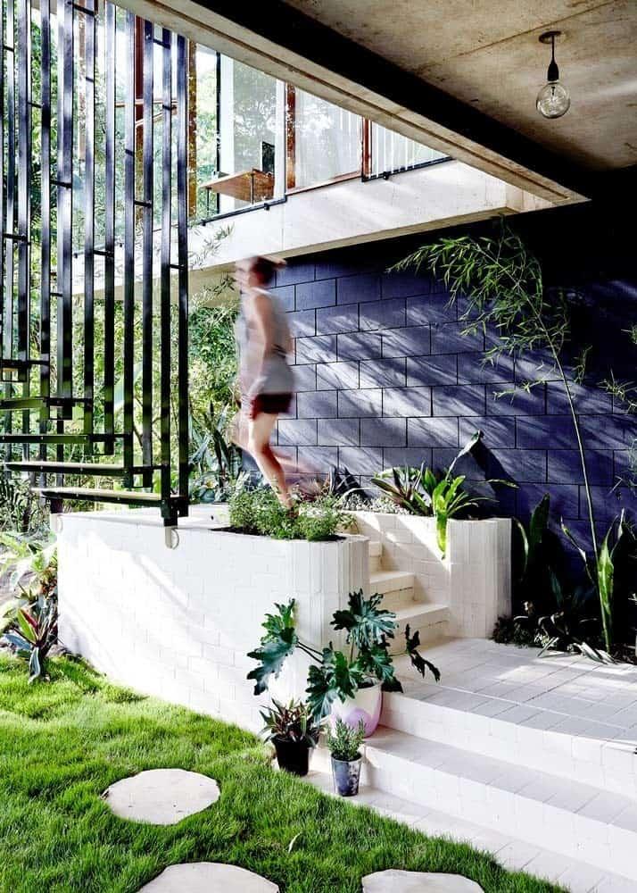Modern Concrete House-Jesse Bennett-05-1 Kindesign