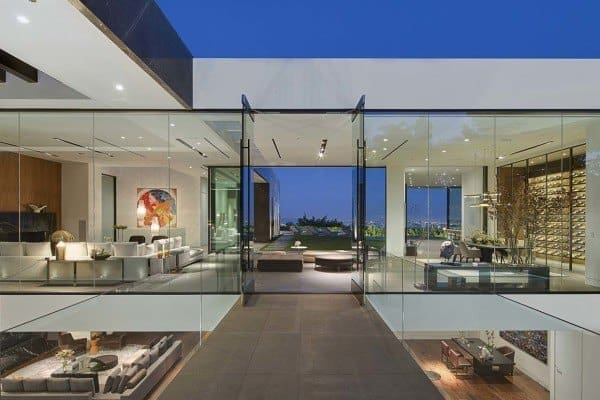 featured posts image for Spectacular modern living above LA reveals jaw-dropping views