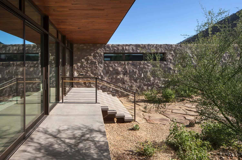 Modern-Residence-Architecture-Marmol-Radziner-15-1 Kindesign