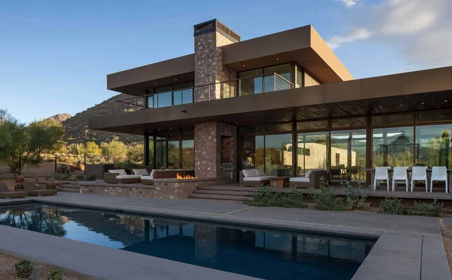 Striking modern residence piercing the deserts of arizona Modern residence