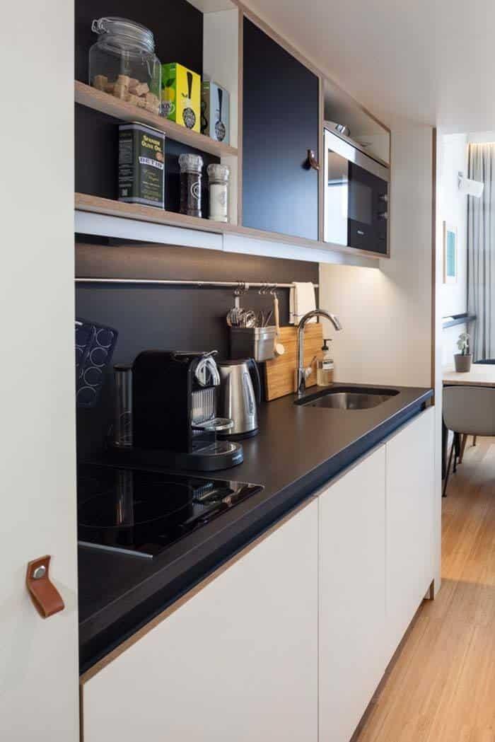 Small Apartment Design-Zoku-13-1 Kindesign