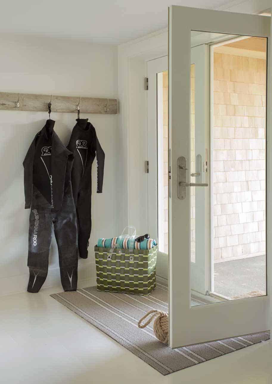 Stonewall Beach House-Marthas Vineyard Interior Design-18-1 Kindesign