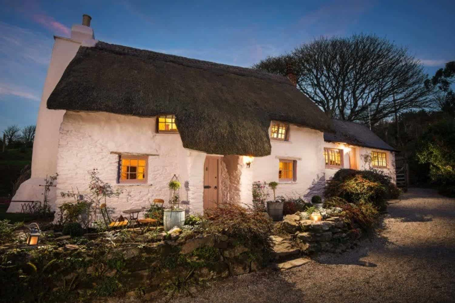garden cornwall alternative cottages holiday lakes in meadow edit