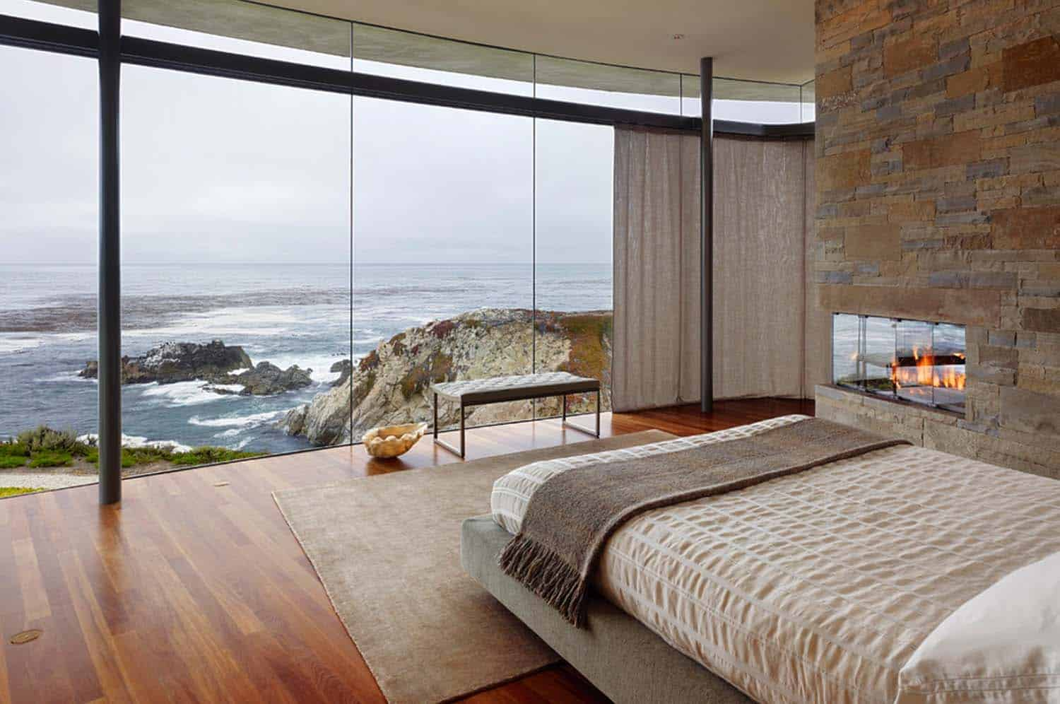8 Sun-drenched bedrooms with mesmerizing ocean views