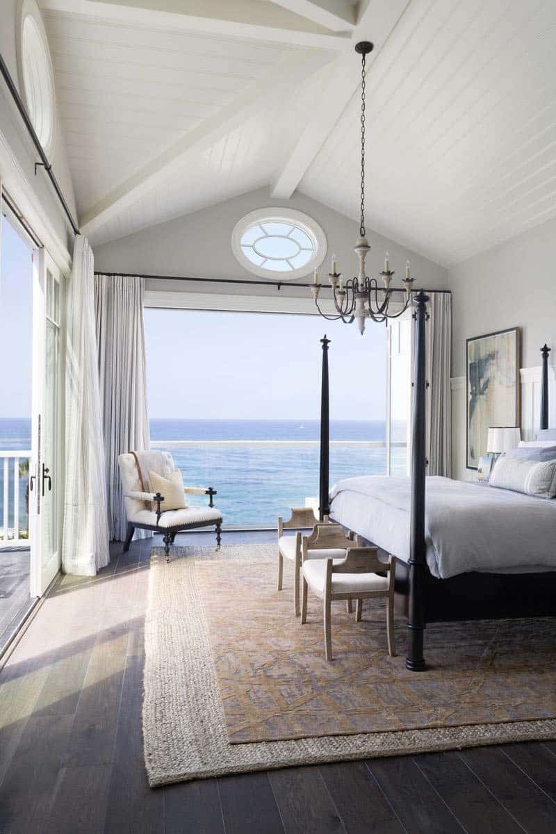 Bedroom With Ocean Views-07-1 Kindesign