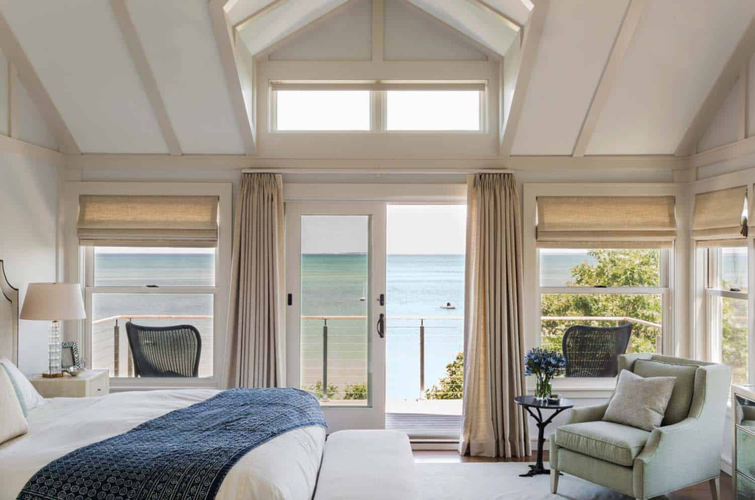 Bedroom With Ocean Views-14-1 Kindesign