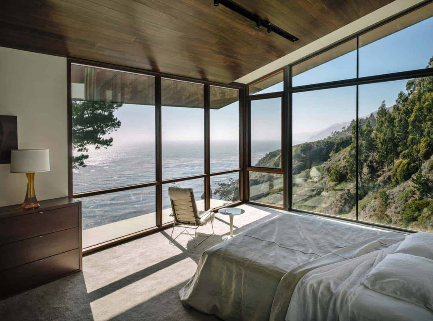 Bedroom With Ocean Views-22-1 Kindesign