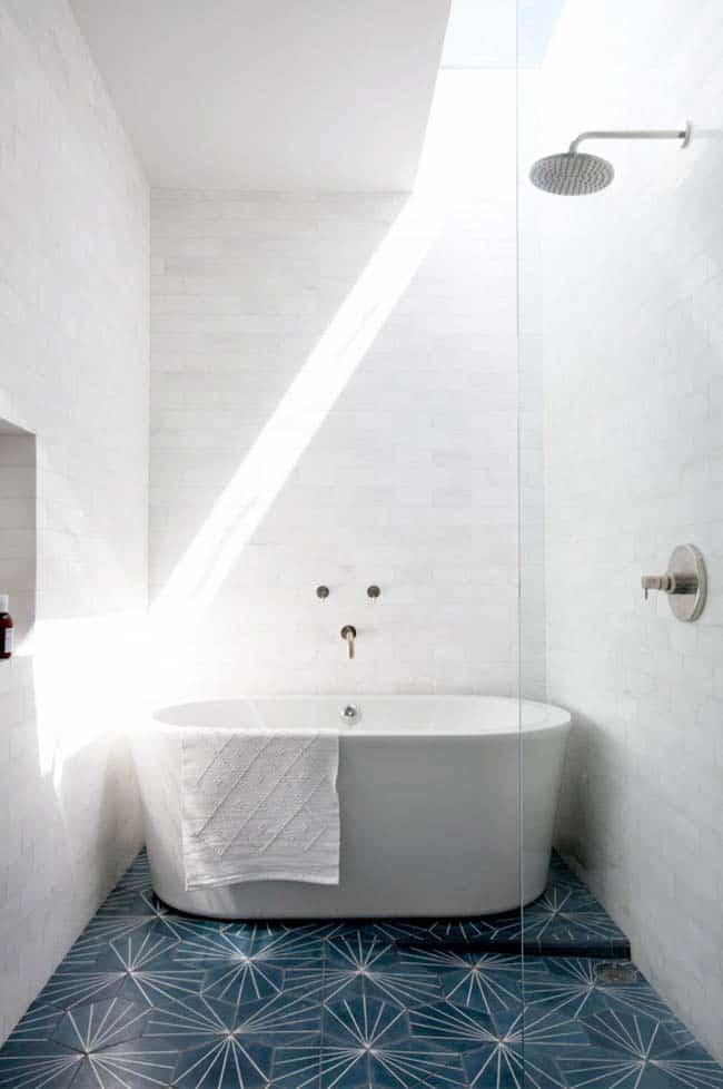 Freestanding-Tubs-Bathroom-Ideas-34-1 Kindesign