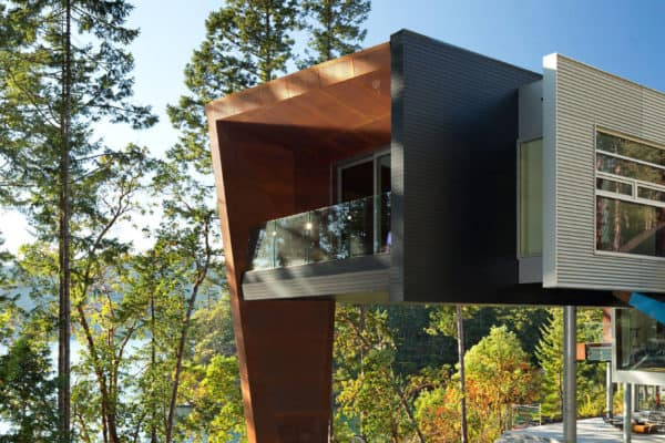 featured posts image for Prefabricated house of rusted steel on the Gulf Islands