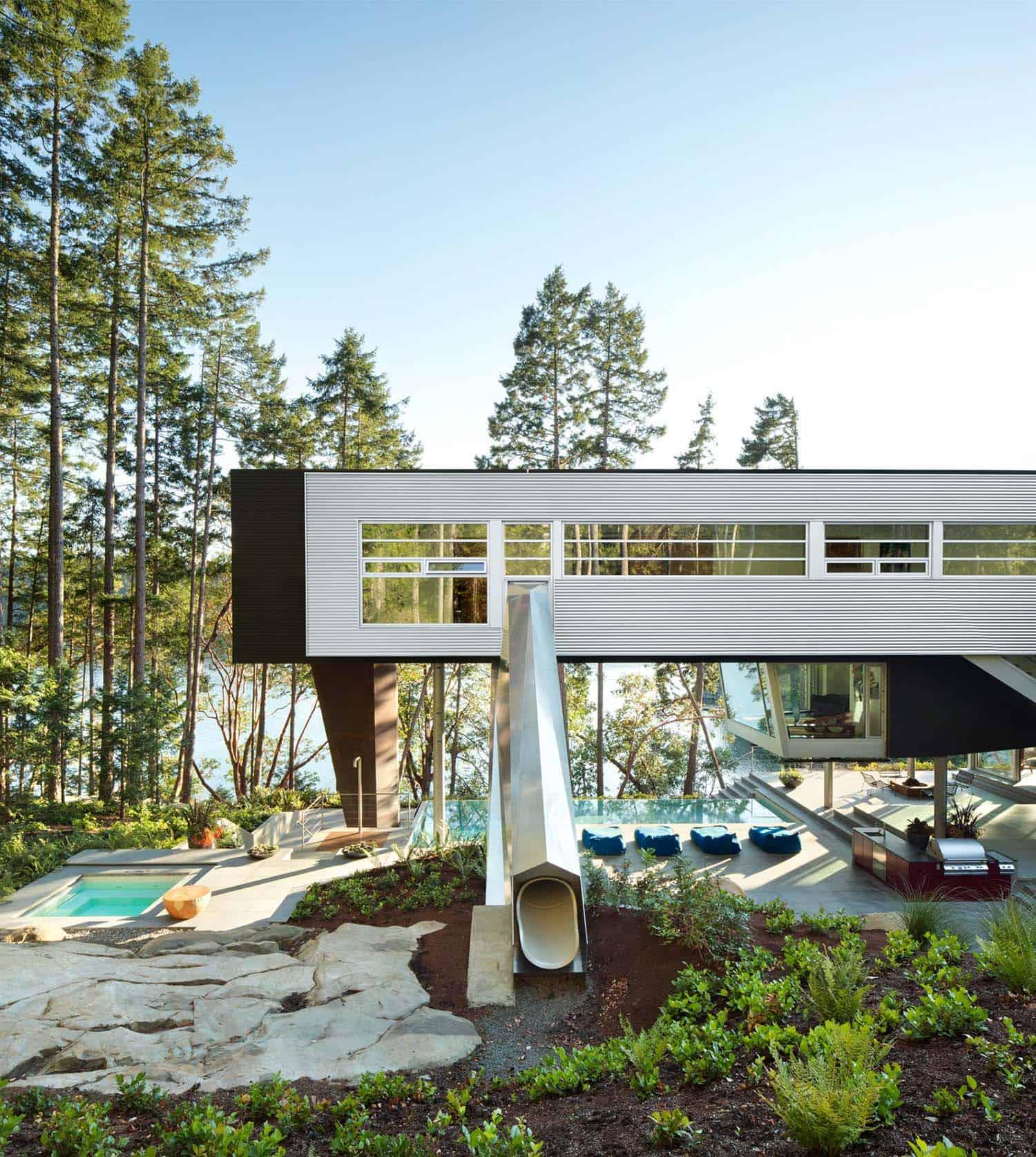 Gulf Islands Residence-AA Robins Architect-25-1 Kindesign