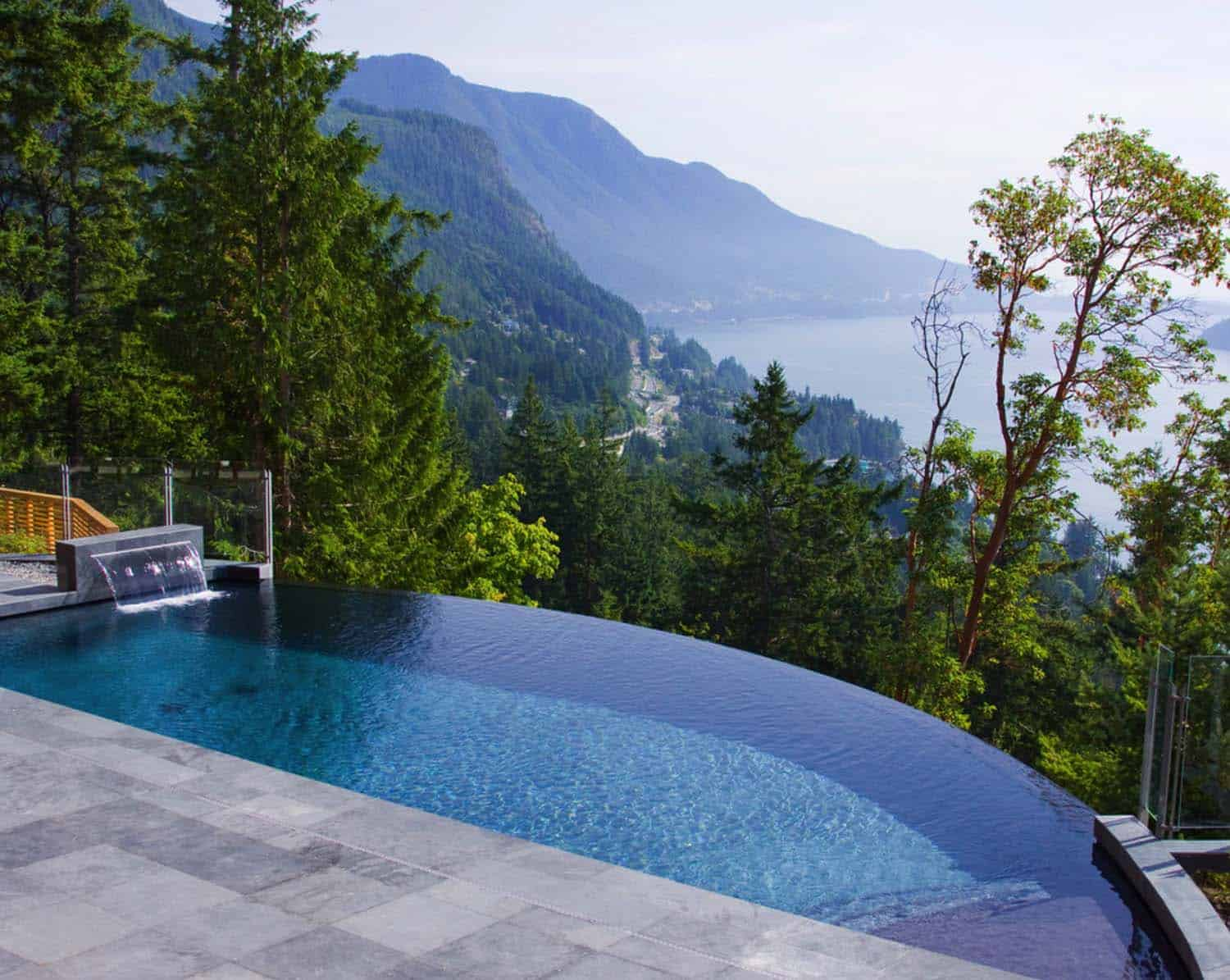 Spectacular Infinity Edge Pools on Small Outdoor Swimming Pool Ideas