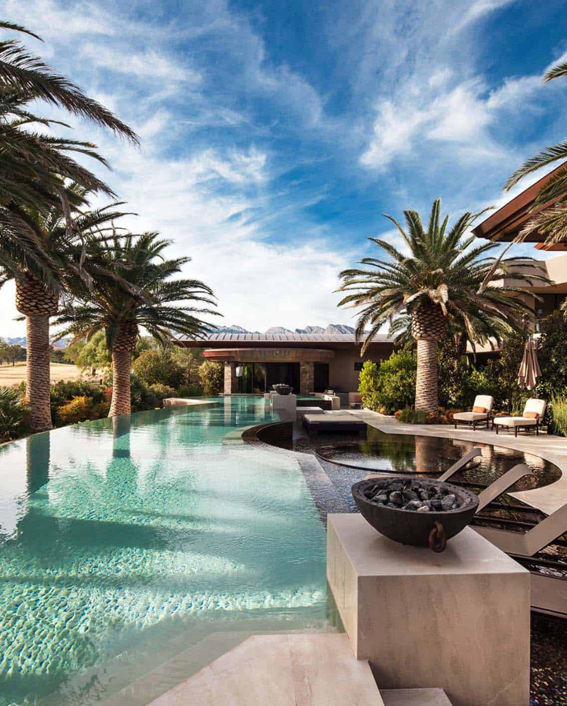 40 absolutely spectacular infinity edge pools for Pool 22 design