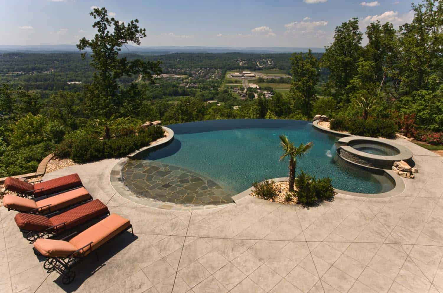 40 absolutely spectacular infinity edge pools for Pool edges design